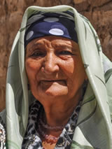 Vrouw in Oezbekistan (foto van reiziger Harry Jans)