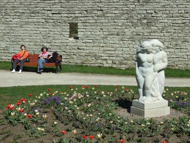 Estland: stadsparkje in Tallinn (foto: Blini Reizen)