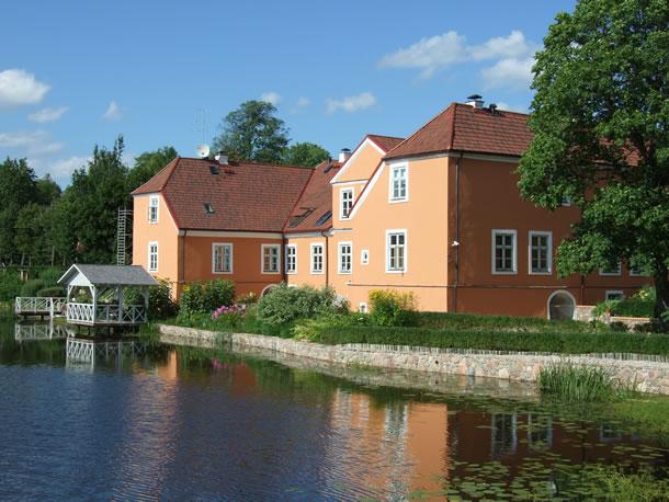 Letland: landhuis Kuksu Muiza in Kuksas (foto: Blini Reizen)