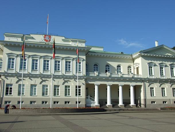 Litouwen: parlementsgebouw in Vilnius (foto: Blini Reizen)
