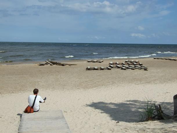 Litouwen, onderweg: een stop op het strand (foto: Blini Reizen)
