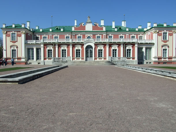 Estland: Kadriorg-paleis bij Tallinn (foto: Blini Reizen)