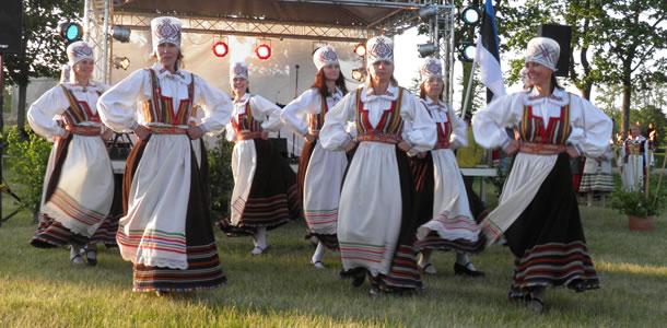 Folkloristische dans op de Estse eilanden