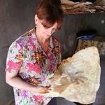 Kaukasus culinair: Lavash wordt gebakken in Armenië (foto: Blini Reizen)