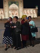 Selfies maken op het Registan, Samarkand (Oezbekistan)