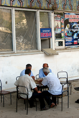 Tip Samarkand: bezoek het Registan ook in het donker