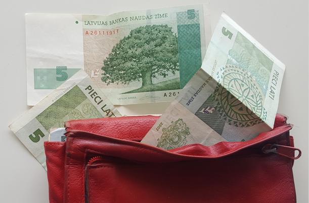 De Letse lat is al een tijdje vervangen door de euro (foto: Blini Reizen)